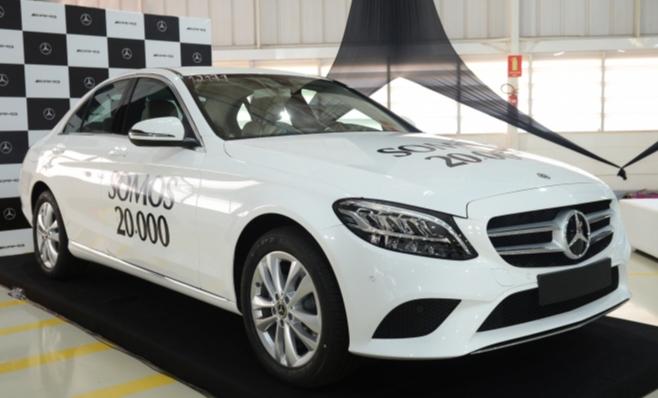 Imagem ilustrativa da notícia: M-B produziu 20 mil veículos em Iracemápolis
