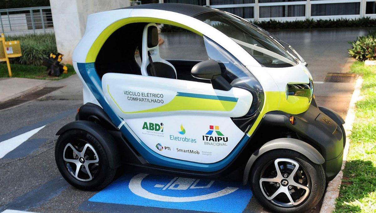 Imagem ilustrativa da notícia: ABDI e DF firmam parceria para veículos elétricos