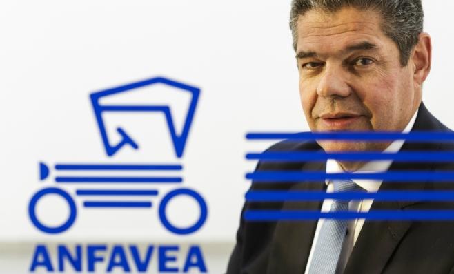 Imagem ilustrativa da notícia: Anfavea insiste em posição de neutralidade na eleição