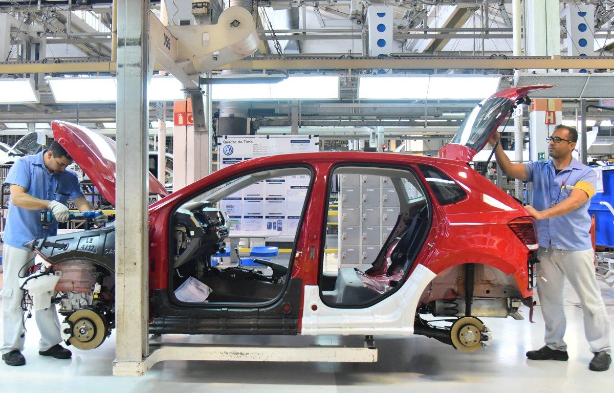 Imagem ilustrativa da notícia: Crise argentina leva Volkswagen a reorganizar produção no País