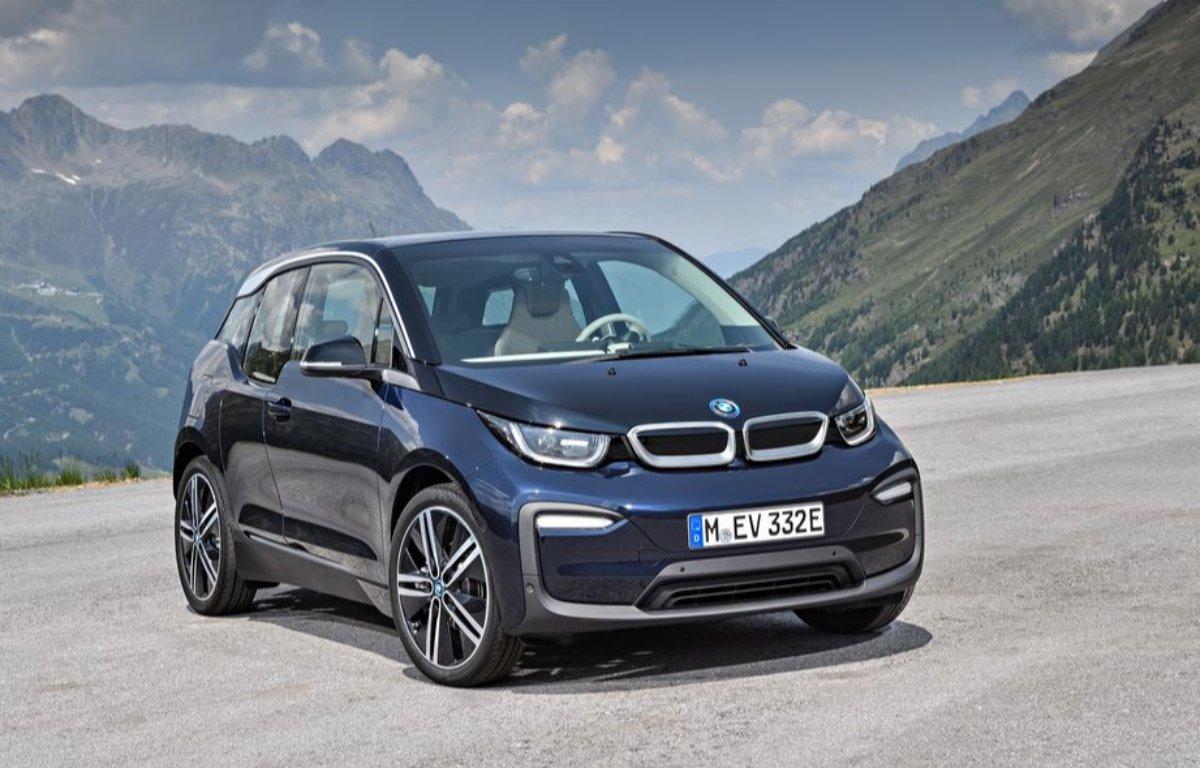 Imagem ilustrativa da notícia: BMW projeta vender mais de 1 mil veículos eletrificados no Brasil