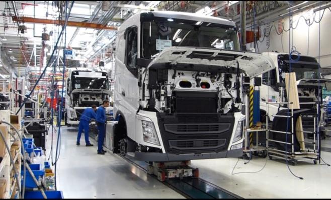 Imagem ilustrativa da notícia: Caminhões médios perderão espaço nos próximos anos