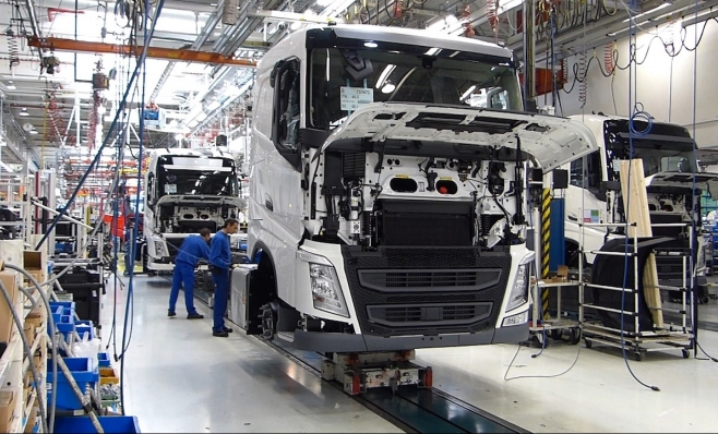 Imagem ilustrativa da notícia: O setor de caminhões e a luz no fim do túnel
