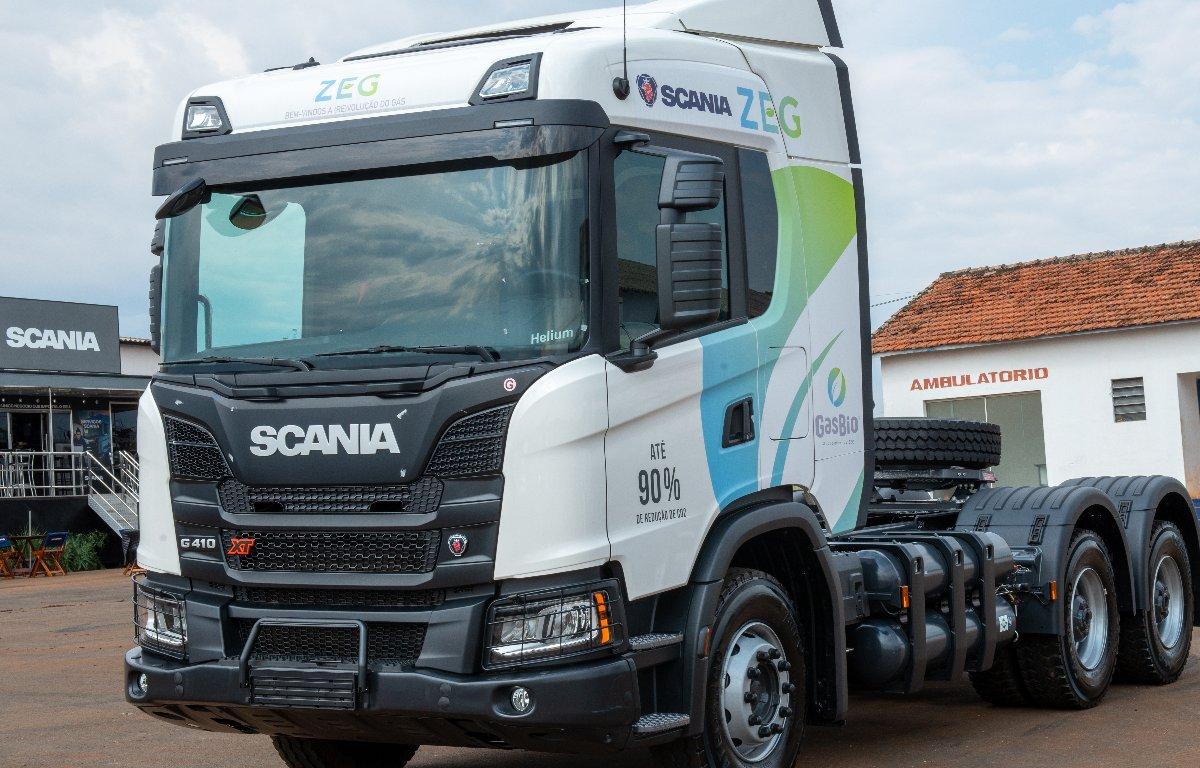 Imagem ilustrativa da notícia: Caminhão Scania GNV começa a ser vendido em outubro