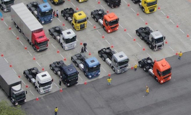 Imagem ilustrativa da notícia: Vendas de caminhões retomam nível de 2015