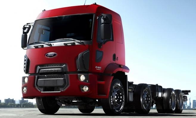 """Imagem ilustrativa da notícia: Ford mostra caminhão semi-autônomo e boné """"mágico"""""""