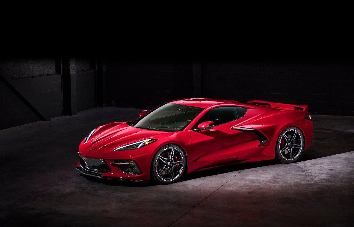 Imagem ilustrativa da notícia: Carros do Ano: Corvette, Telluride e Gladiator.