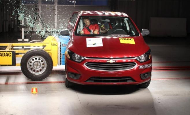 Imagem ilustrativa da notícia: Testes de colisão lateral para carros serão obrigatórios. Em dois anos.