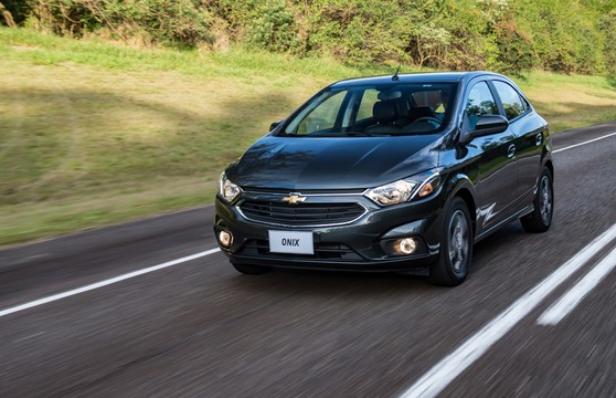Imagem ilustrativa da notícia: Chevrolet Onix lidera vendas em janeiro