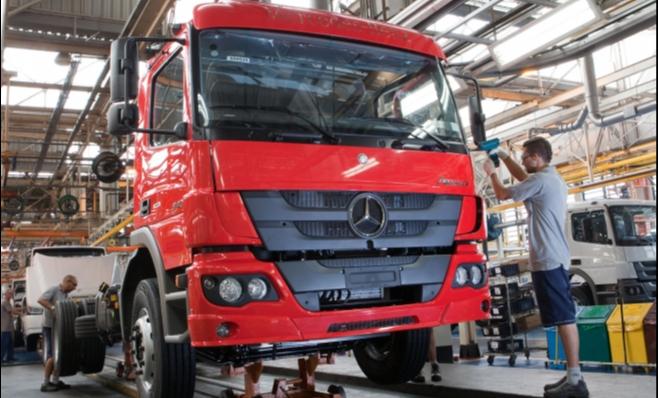 Imagem ilustrativa da notícia: Caminhoneiros parados atrapalharam o mercado de caminhões