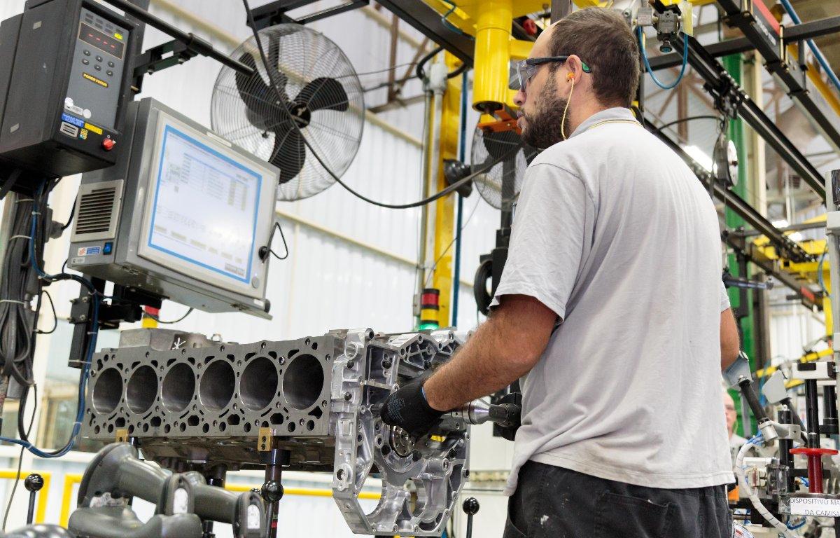 Imagem ilustrativa da notícia: Cummins prestará serviço de troca de motores