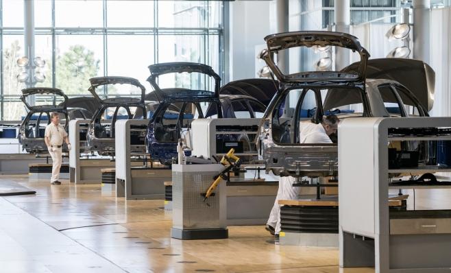 Imagem ilustrativa da notícia: Indústria dividida sobre desenvolvimento de elétricos