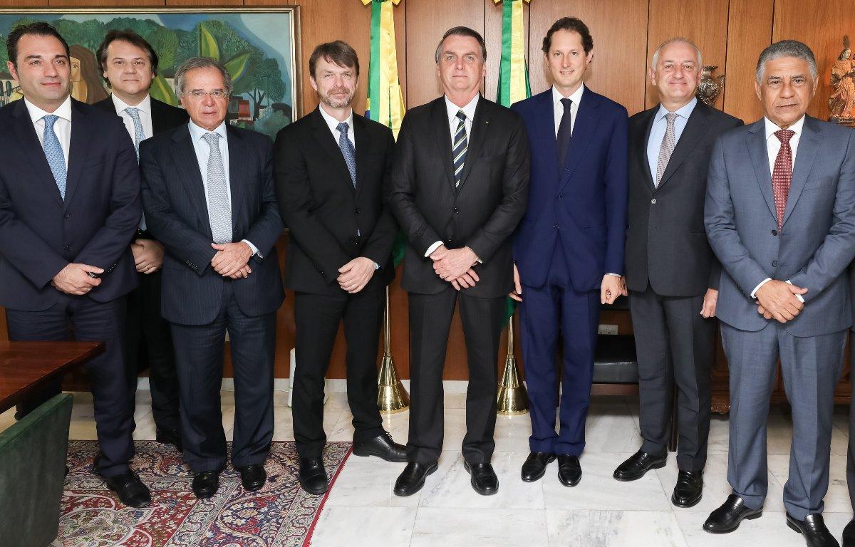 Imagem ilustrativa da notícia: Diretoria da FCA tem audiência com Bolsonaro