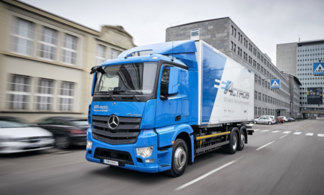 Imagem ilustrativa da notícia: Para Mercedes-Benz o futuro começará pelos elétricos