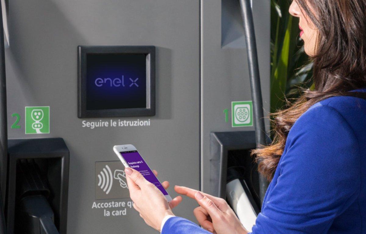 Imagem ilustrativa da notícia: EnelX prepara rede de recarga para elétricos no Brasil