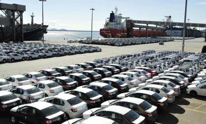 Imagem ilustrativa da notícia: Cai exportação de veículos e de componentes