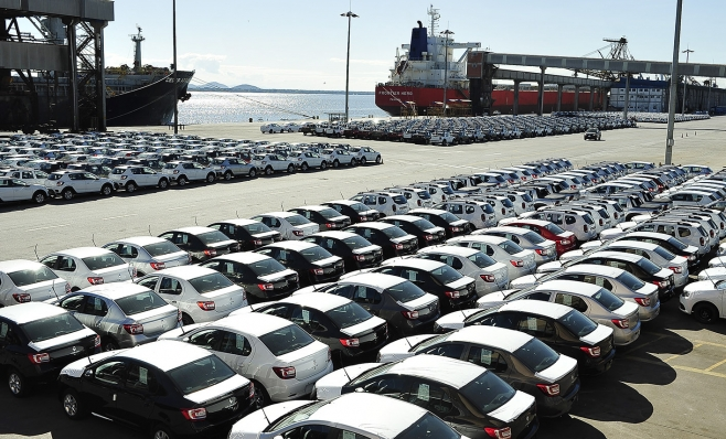 Imagem ilustrativa da notícia: Exportações de veículos refletem em recorde da balança comercial de 2017