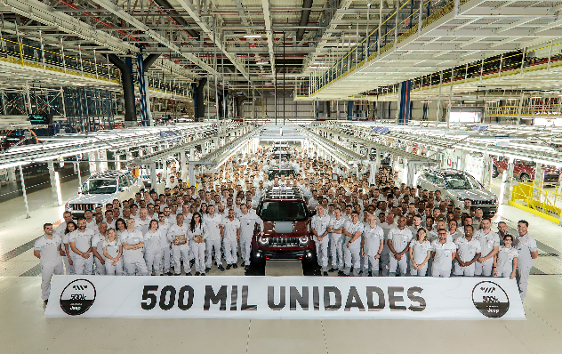 Imagem ilustrativa da notícia: FCA: 500 mil veículos produzidos em Pernambuco.