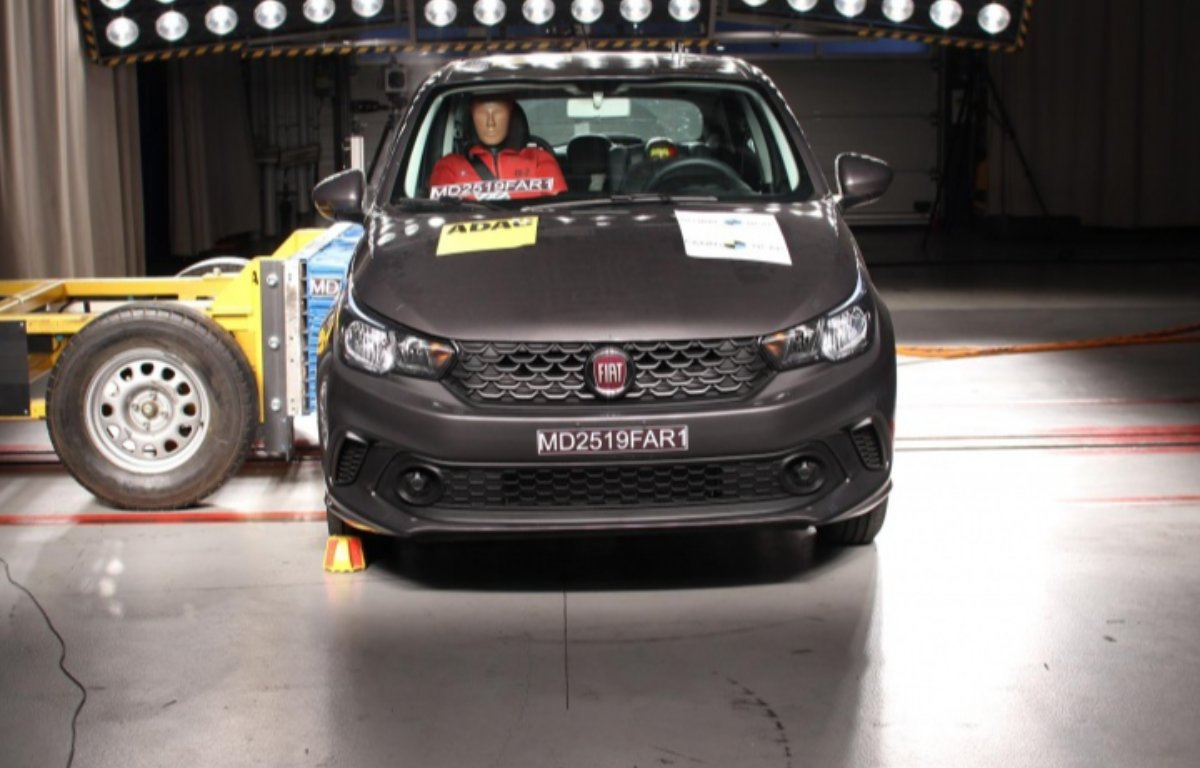 Imagem ilustrativa da notícia: Latin NCAP concede 3 estrelas, adultos, para Argo e Cronos