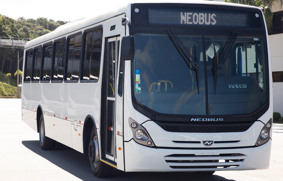 Imagem ilustrativa da notícia: FAB compra dezenove ônibus da Neobus
