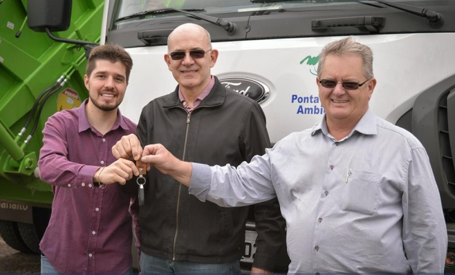 Imagem ilustrativa da notícia: Ford vende 21 caminhões para Ponta Grossa Ambiental