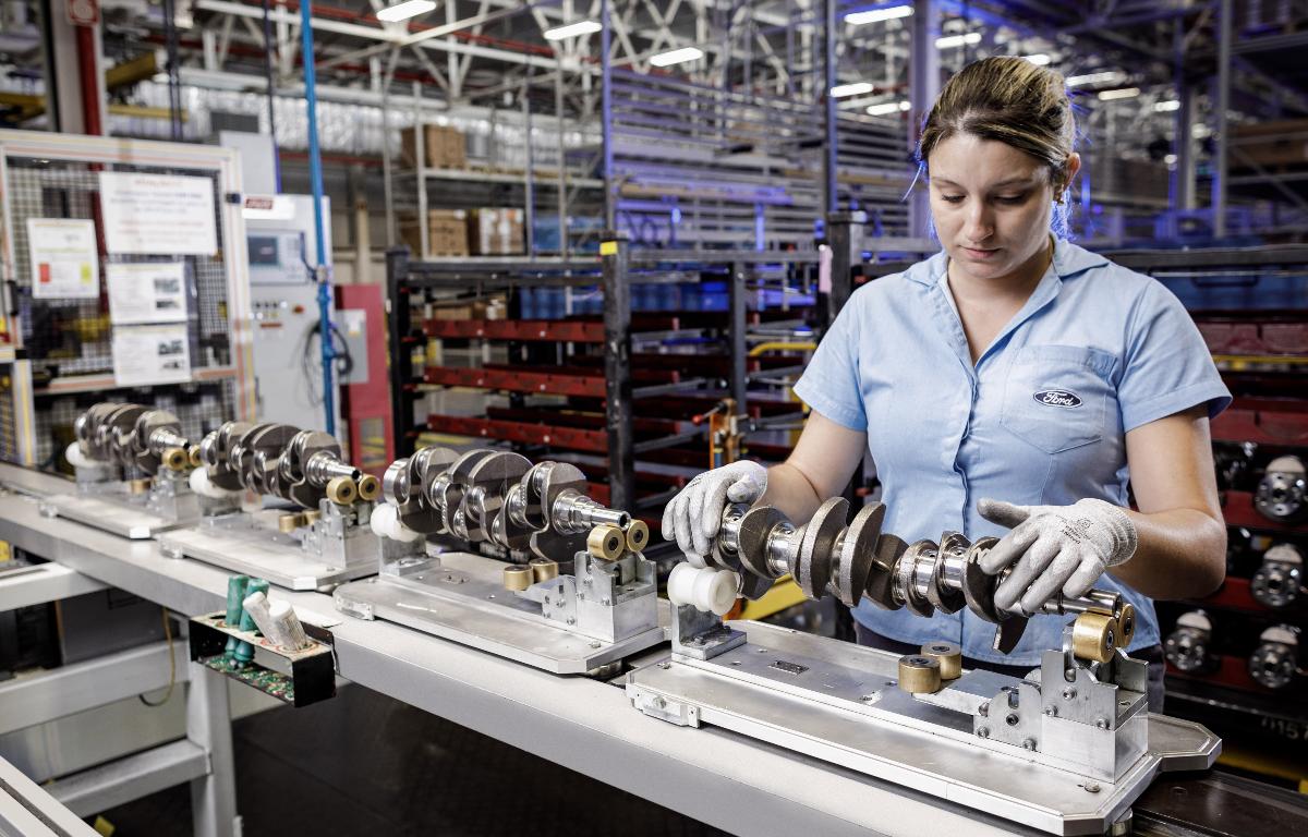 Imagem ilustrativa da notícia: Fornecedores da Ford cancelam pedidos de peças e insumos