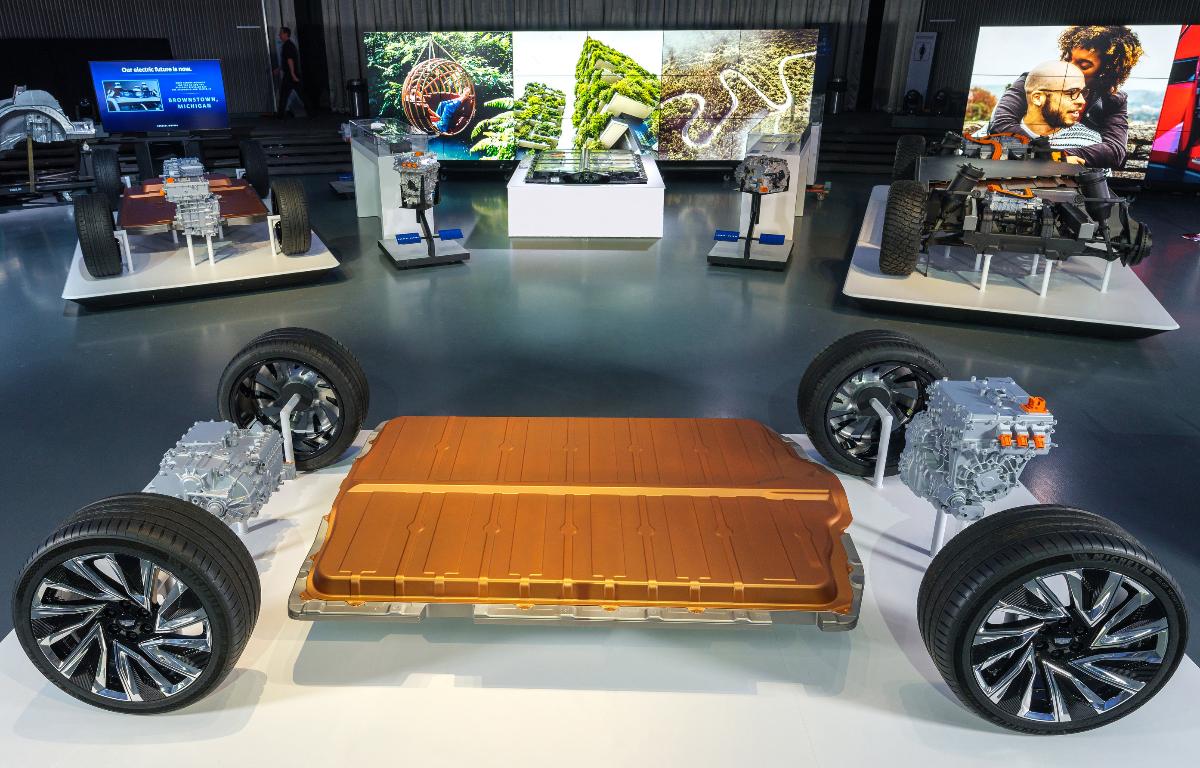 Imagem ilustrativa da notícia: GM direciona investimentos para elétricos