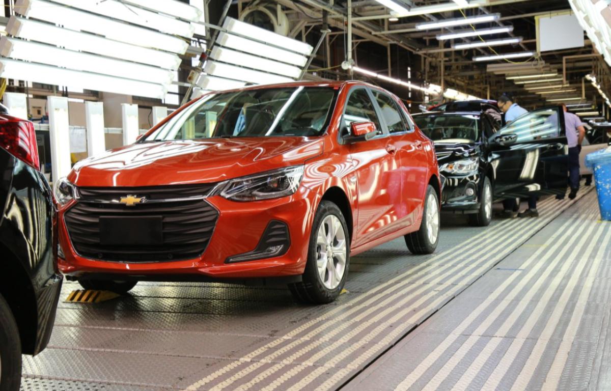 Imagem ilustrativa da notícia: GM suspenderá produção em Gravataí por falta de componentes