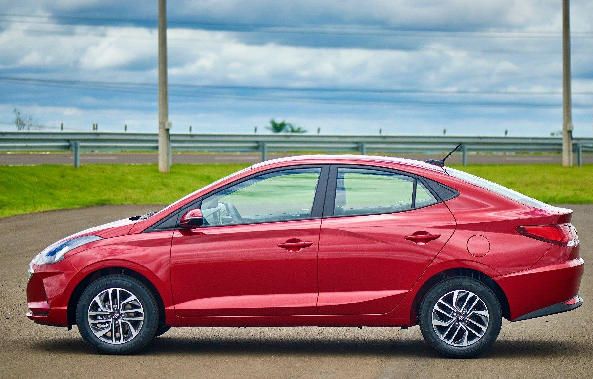 Imagem ilustrativa da notícia: Hyundai exporta novo HB20 para Paraguai e Uruguai