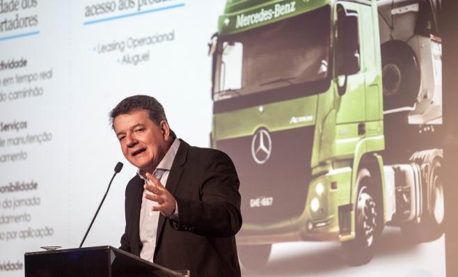 Imagem ilustrativa da notícia: Mercedes-Benz projeta alta de 20% nas vendas de caminhões