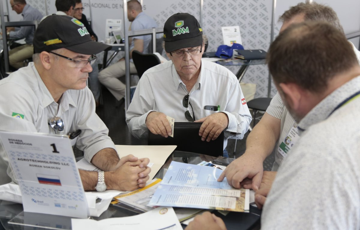 Imagem ilustrativa da notícia: Negócios na Agrishow chegam a R$ 2,9 bilhões