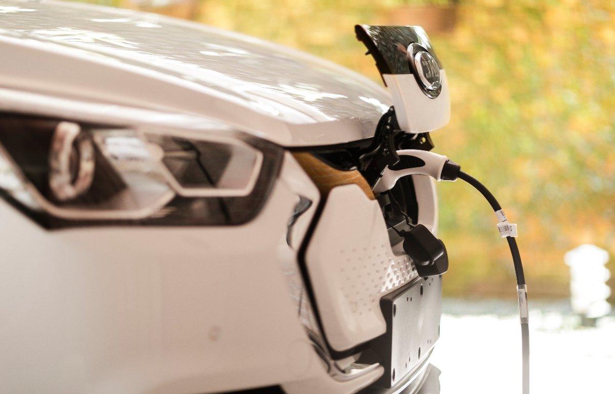 Imagem ilustrativa da notícia: Parcerias em serviços podem fomentar vendas de elétricos Jac