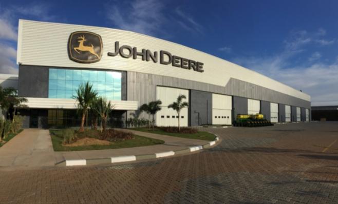 Imagem ilustrativa da notícia: John Deere anuncia compra da PLA
