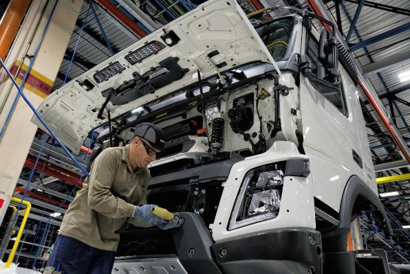 Imagem ilustrativa da notícia: Mercado interno mantém positiva produção de caminhões