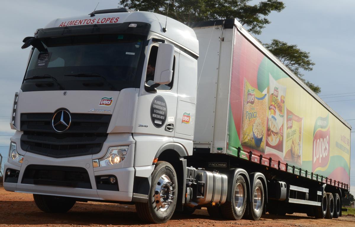 Imagem ilustrativa da notícia: Mercedes-Benz começou a entregar os novos Actros