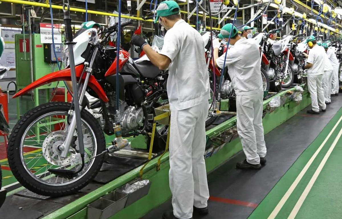 Imagem ilustrativa da notícia: Motocicletas: produção sobe, exportação cai.