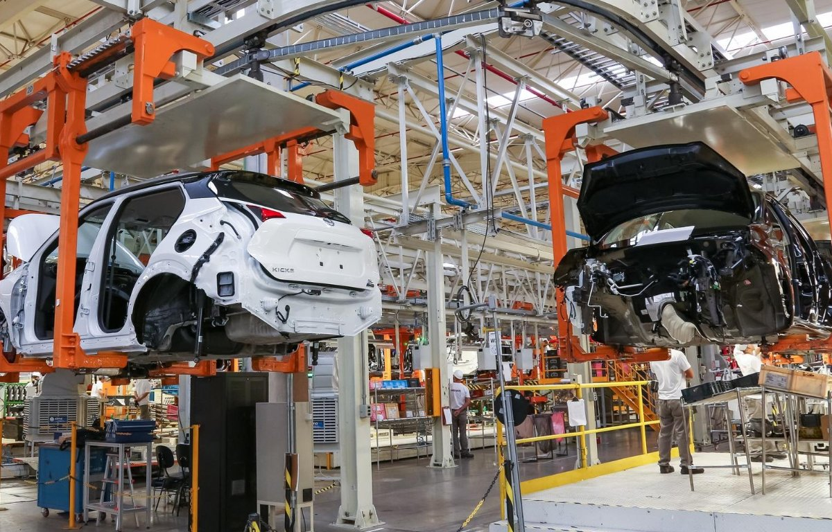 Imagem ilustrativa da notícia: Nissan cogita produção de modelo híbrido em Resende