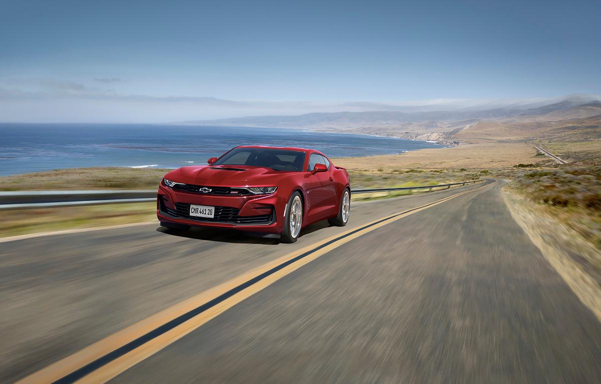 Imagem ilustrativa da notícia: Chevrolet Camaro muda o visual e ganha conectividade