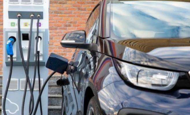 Imagem ilustrativa da notícia: Governo promete para este ano plano para elétricos