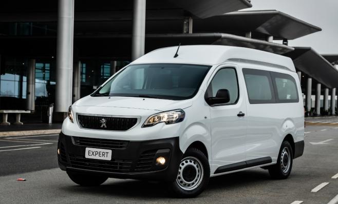 Imagem ilustrativa da notícia: Peugeot lança Expert Minibus