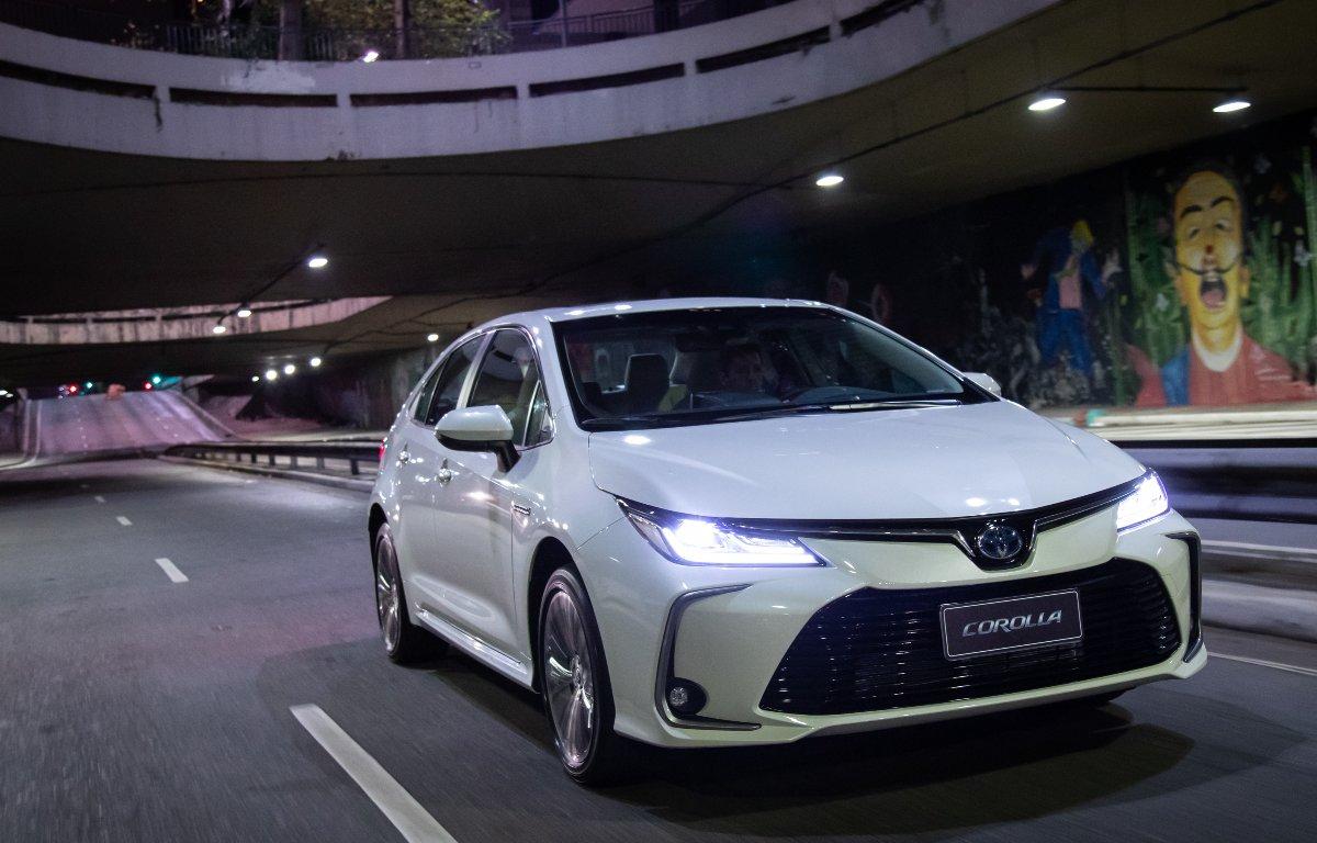 Imagem ilustrativa da notícia: Pedidos pelo Toyota Corolla superam projeção em 30%