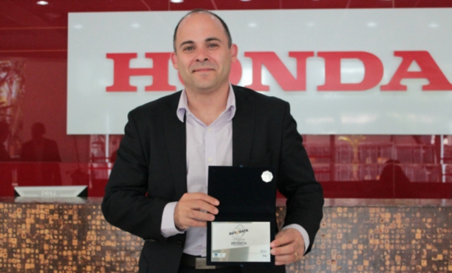 Imagem ilustrativa da notícia: Honda recebe placa do Prêmio AutoData