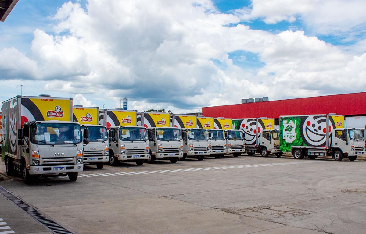 Imagem ilustrativa da notícia: Pepsico e DHL recebem os primeiros elétricos da Jac