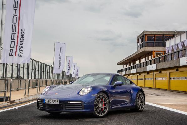 Imagem ilustrativa da notícia: Porsche inicia pré-venda do novo 911