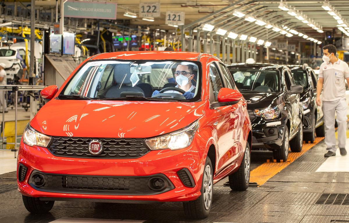 Imagem ilustrativa da notícia: Produção caiu 84% em maio com retorno gradual das fábricas