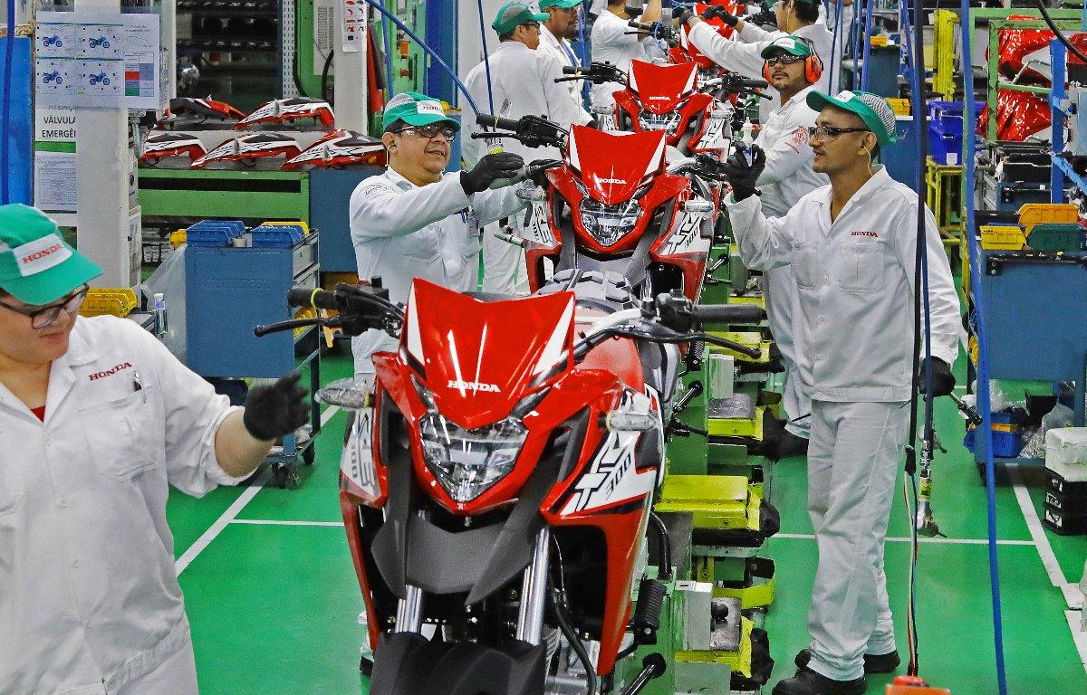 Imagem ilustrativa da notícia: Produção de motocicletas retraiu 27% no semestre
