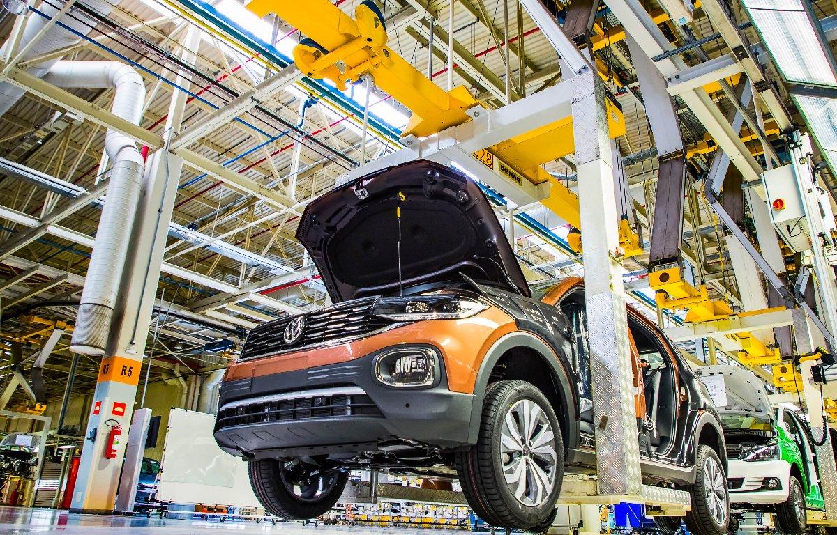 Imagem ilustrativa da notícia: Produção fica estável no primeiro trimestre