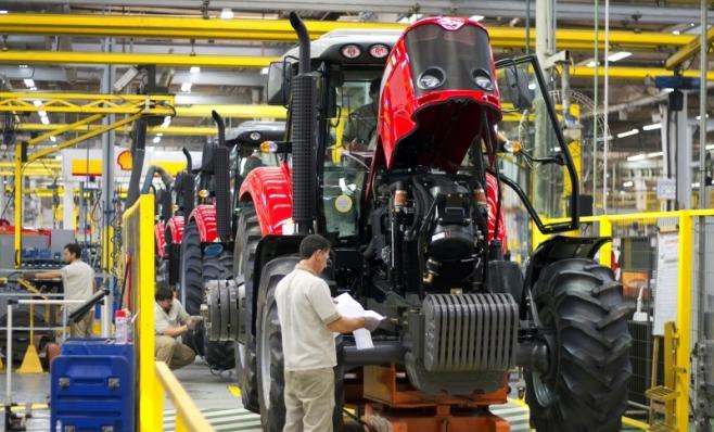 Imagem ilustrativa da notícia: Tudo azul em máquinas agrícolas