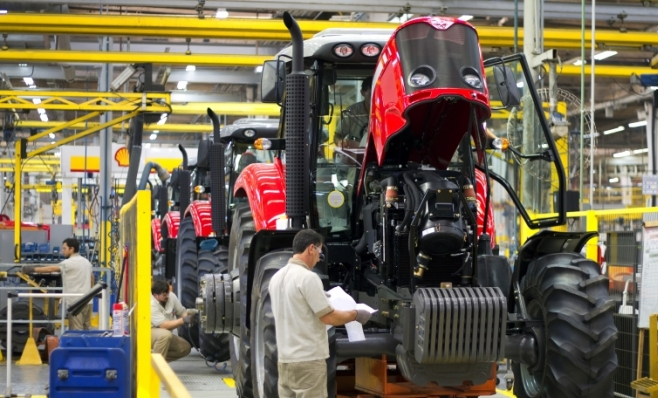 Imagem ilustrativa da notícia: Venda de máquinas agrícolas decepciona com alta de apenas 1,5%