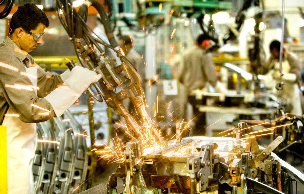 Imagem ilustrativa da notícia: Receita da indústria de máquinas cresce 1,2% no ano